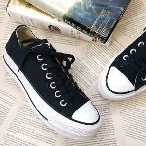 CONVERSE CTAS Platform Low Top Black Sneakers